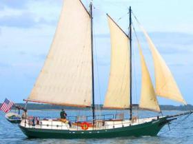 Yorktown Sailing Cruises